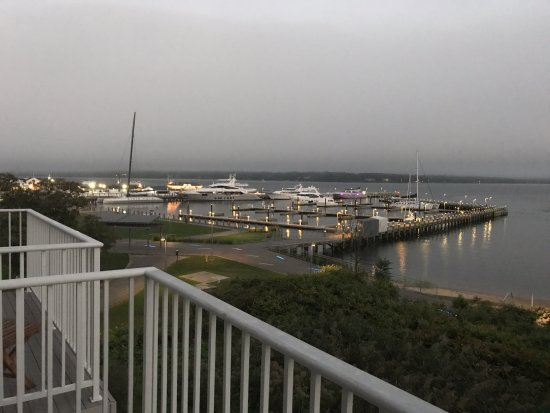 Harborfront Inn at Greenport: Early evening from our 3rd floor balcony looking at Greenport Harbor