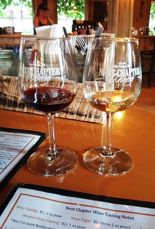 New Prague, MN: Wine tasting