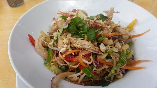 Mapua, Nova Zelândia: asian chicken salad