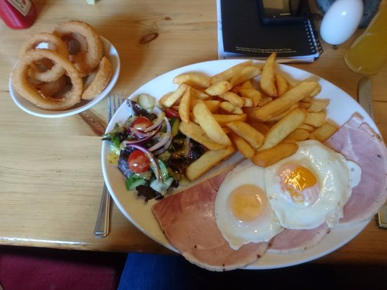 Whitwell, UK: Ham,egg & chips