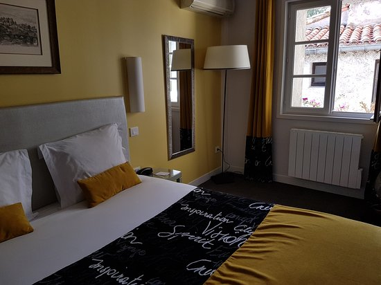 Hotel du Pont Vieux: 20171004_163546_large.jpg