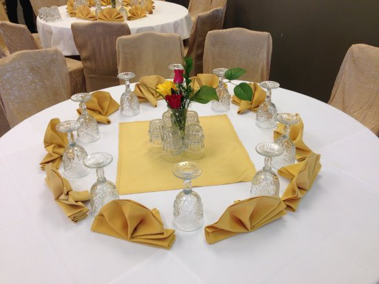Norristown, Pensilvania: Formal event at Aman's Party Hall!