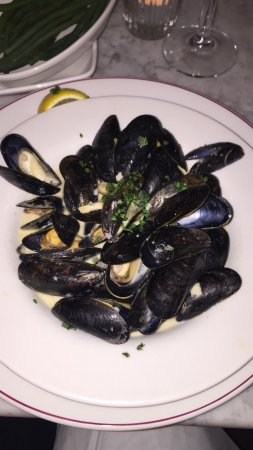 Cafe Rouge Gerrards Cross: The best moules frite I've ever had !