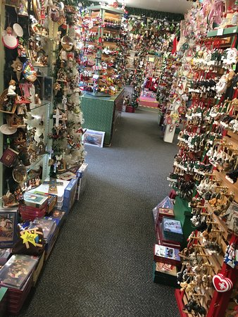Best Store For Christmas Decorations