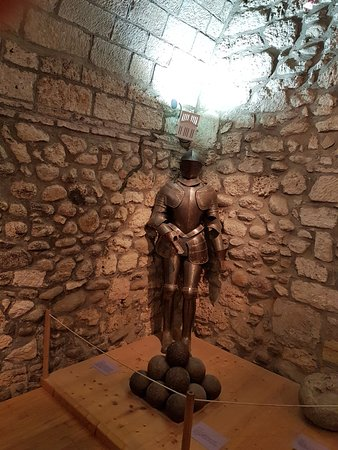 Foix, Frankrike: armatura