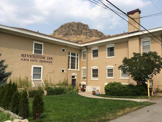 Riverside Hot Springs Inn & Spa Photo