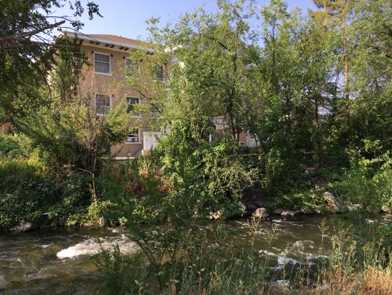 Riverside Hot Springs Inn & Spa: From across the river on the walking path.
