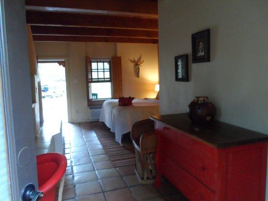 Abiquiu Inn: Room