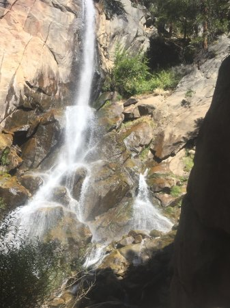 Three Rivers, CA: Grizzly Falls - Kings Canyon NP