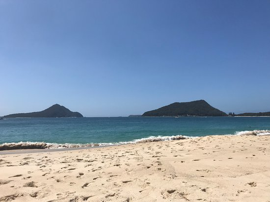 Martys at Little Beach : Shoal Bay beach