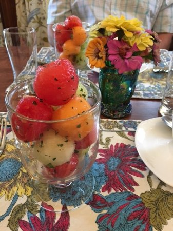 Jericho, VT: Melon with Fresh mint....so refreshing