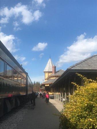 Conway Scenic Railroad: photo3.jpg