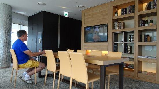 5 Lounge Dakterrassen : Algemene loungeruimte op de e etage met dakterras picture of