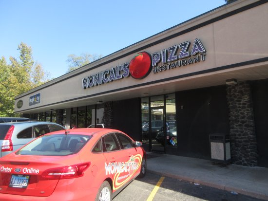 Peoria, IL: Monical's Pizza on N Knoxville