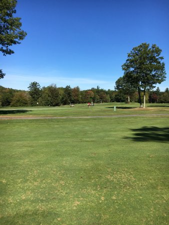 Westminster, MA : Lovely fall day for golfing