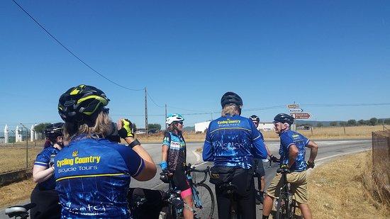 Water Break Near Arriolos Bild Von Cycling Country Day Rides