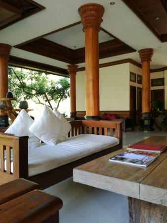 Bhuwana Ubud Hotel: lobby