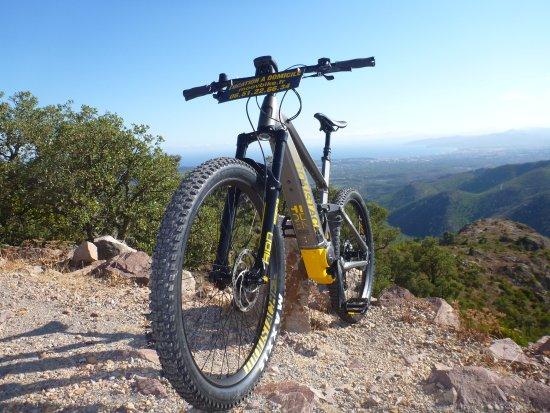 Les Adrets-de-l'Esterel, France: Moustache Bikes Trail 6