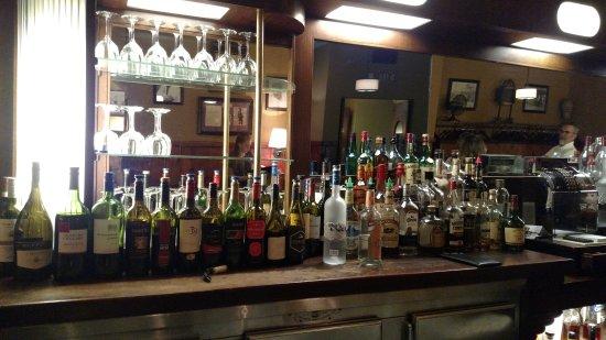 Endicott, Νέα Υόρκη: Full bar