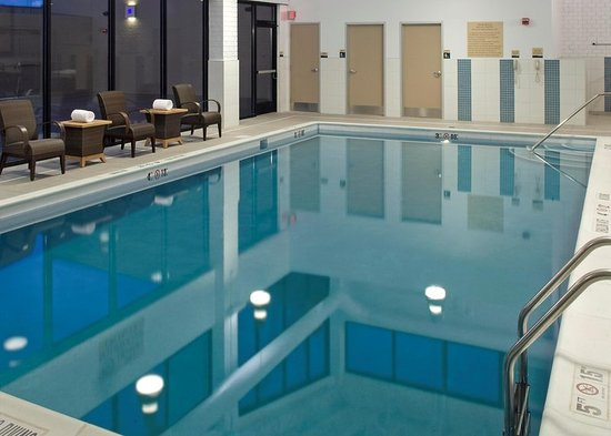 Doubletree By Hilton Hotel Pittsburgh Monroeville Convention Center Indoor Pool