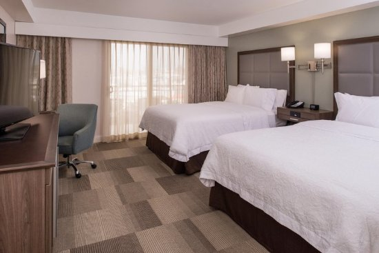 Hampton Inn Channel Islands Harbor: Standard Two Queen Beds Room