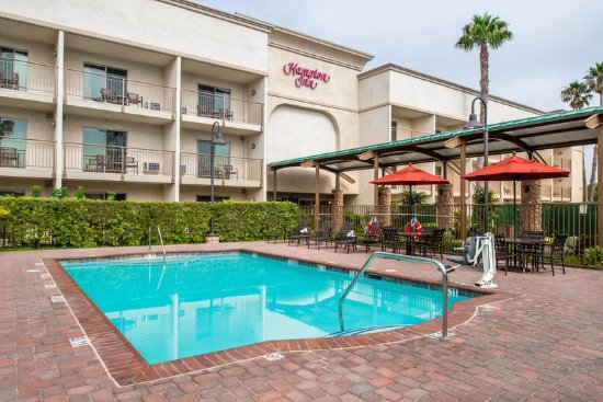 Hampton Inn Channel Islands Harbor: Outdoor Swimming Pool
