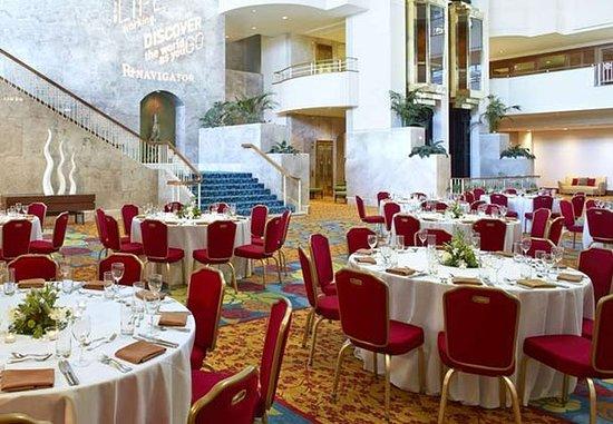 Renaissance Concourse Atlanta Airport Hotel: Atrium Level – Banquet Setup