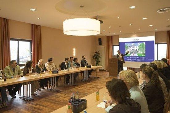 Buren, Jerman: Meeting Room