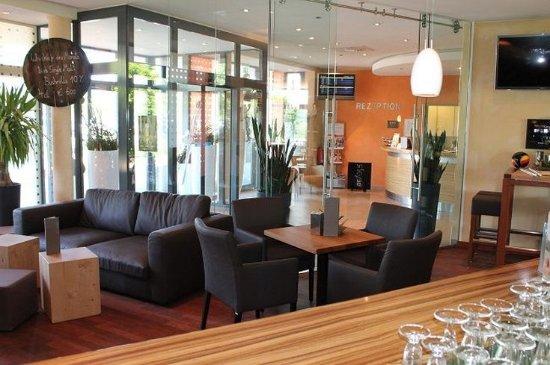 Buren, Jerman: Lobby
