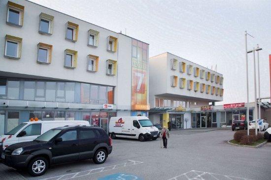 Ansfelden, Avusturya: Exterior