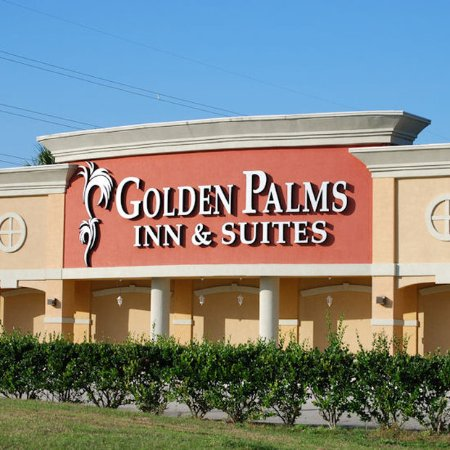 Golden Palms Inn & Suites: Exterior