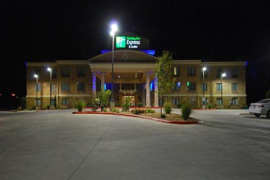 Gonzales, TX: Hotel Exterior