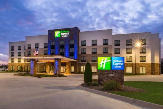 hotel exterior full night picture of holiday inn express. Black Bedroom Furniture Sets. Home Design Ideas