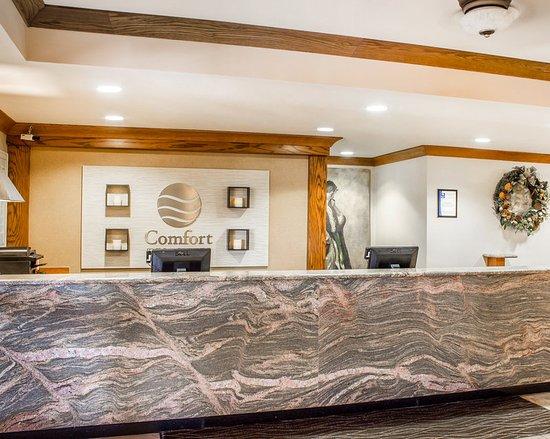 Comfort Inn & Suites Safford: AZLobby