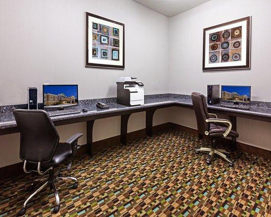 คลีฟแลนด์, เท็กซัส: Print documents or check email in our Business Center