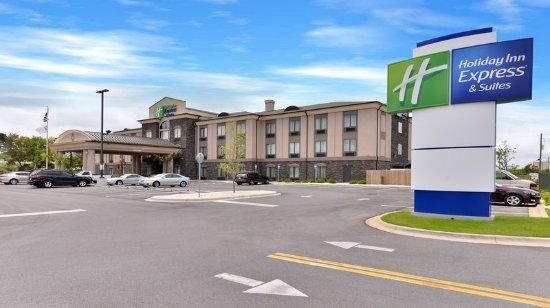 Holiday Inn Express Hotel & Suites Fort Walton Beach Northwest : Holiday Inn Express and Suites: Fort Walton Beach Hotel Exterior