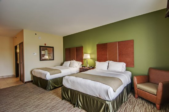 Holiday Inn Express and Suites Wytheville: Queen Bed Guest Room