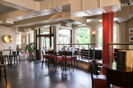The Park Hotel And Restaurant Teddington