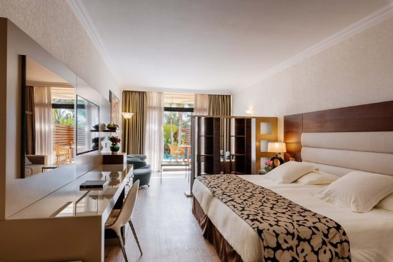Amathus Beach Hotel Limassol: Junior Suite With Private Pool