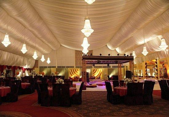 Karachi Marriott Hotel: Marquee – Reception Setup
