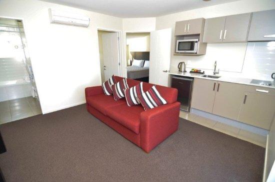 أمور موتور لودج: Two Bedroom Apartment