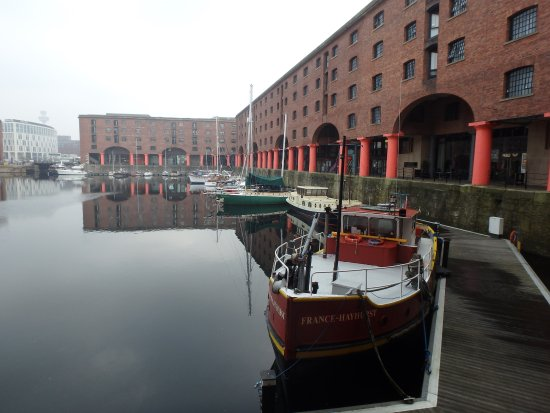 Premier Inn Liverpool City Centre: The famous Albert Dock