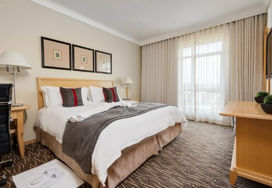 Illovo, South Africa: King Suite