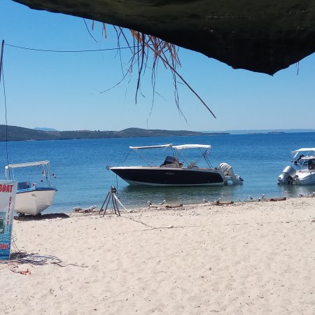 Trypiti, กรีซ: Rent Boat Dolphin