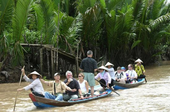Private tour: Ben Tre - Mekong Delta...