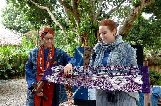 Explore Thai Textiles at Studio Naenna