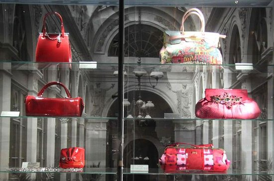 Museum of Bags and Purses in...