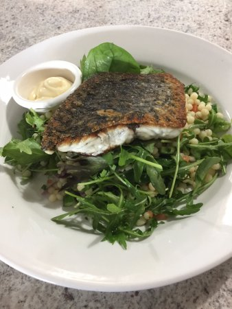 Moruya, Australia: Pan fried snapper
