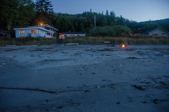 Sekiu, WA: The inn and our firepit