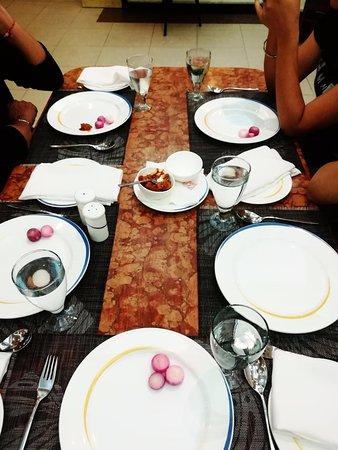 Prithvi's Planet : At the restaurant